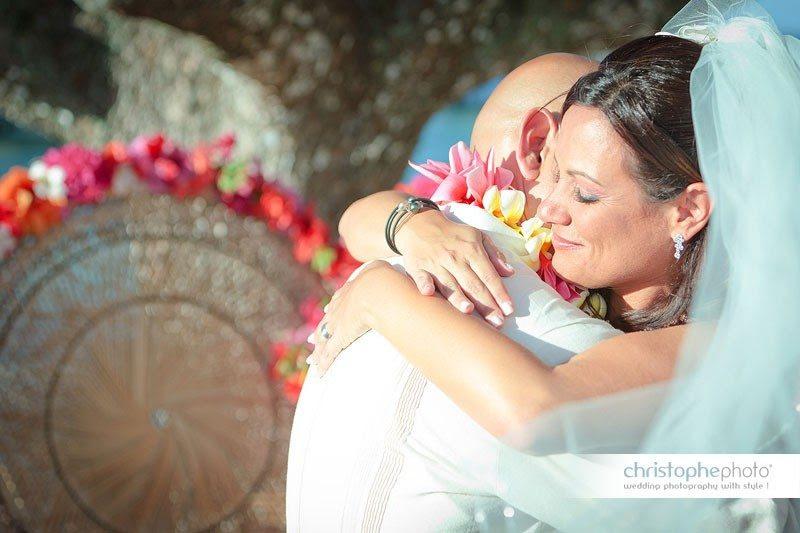 happy bride in tahiti