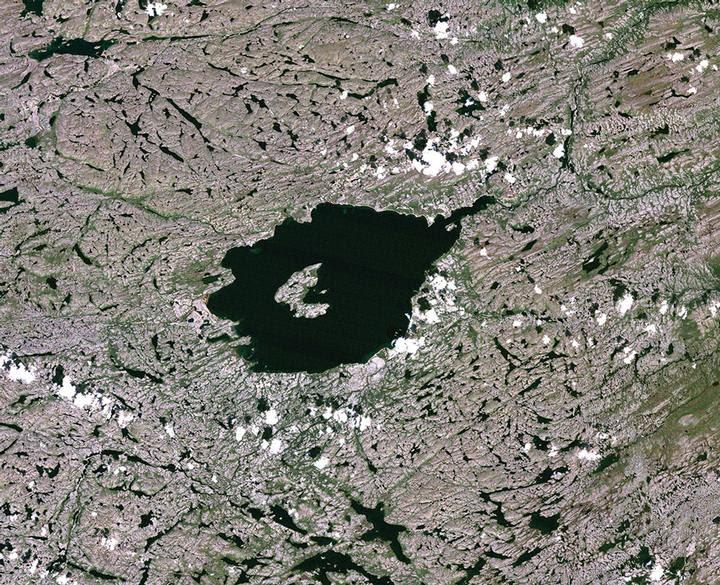El cráter de Mistastin, en Labrador (Canadá).