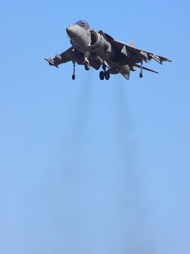 IMG_5108 AV-8B Harrier Hovering