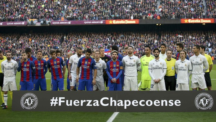 Barcelona x Real Madrid Chapecoense (Foto: Reuters)