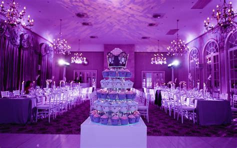Purple wedding.   Wedding Ideas for Friends   Pinterest