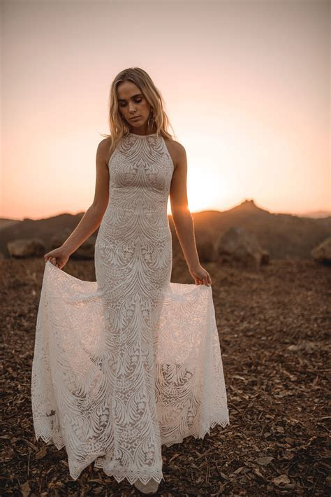 Lovers Society   Wedding Dress Collection 2018   Paperswan