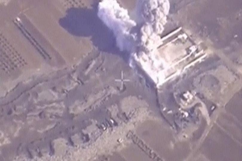 Hình ảnh Nga tuyên bố vẫn không kích ở Syria ngay cả khi có lệnh ngừng bắn số 1