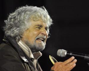 """Grillo: """"Noi garanzia contro l'eversione Anticipano il voto perché hanno paura"""""""