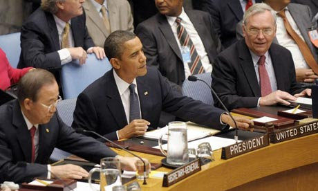 Barack Obama presides over a UN security council meeting on nuclear weapons.