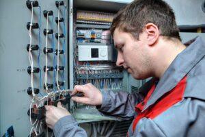 electrician-Myrtle-Beach-1-300x200.jpg