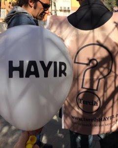 Miembros de la campaña Hayir en Estambul. - FACEBOOK HAYIR
