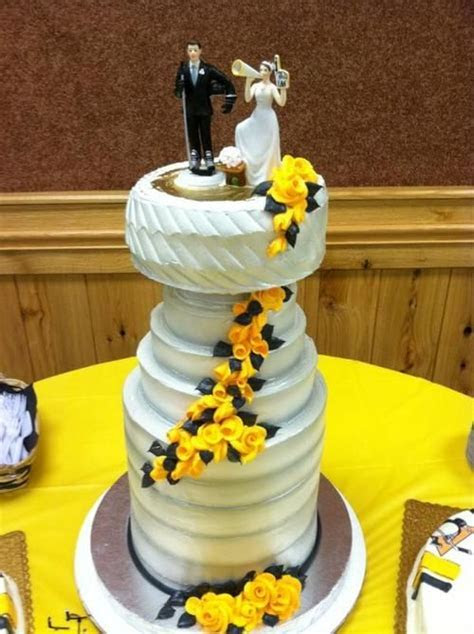17 Best images about Wedding Theme   Boston Bruins Hockey