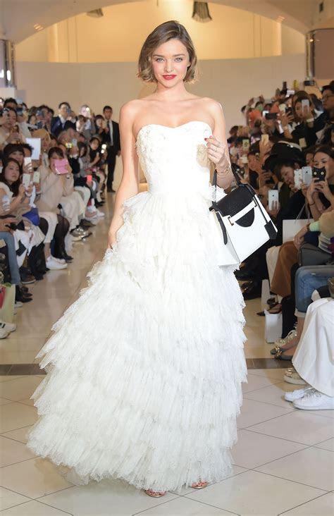 This is what Miranda Kerr looks like in a wedding dress