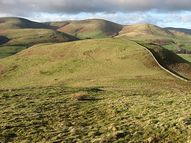 File:The col between Hog Hill and Loch Hill - geograph.org.uk - 680051.jpg