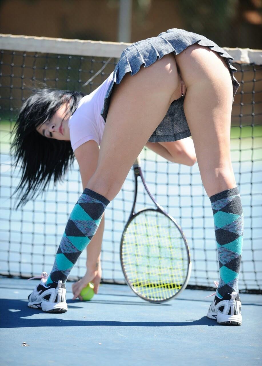 video-tennisistka-pokazala-pizdu