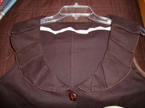 Simplicity 2633 close up of collar
