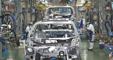 Cơ-khí, mục-tiêu, chiến-lược, công-nghiệp, xe-máy, ô-tô, đóng-tàu, nhập-siêu, xuất-khẩu, sản-xuất.