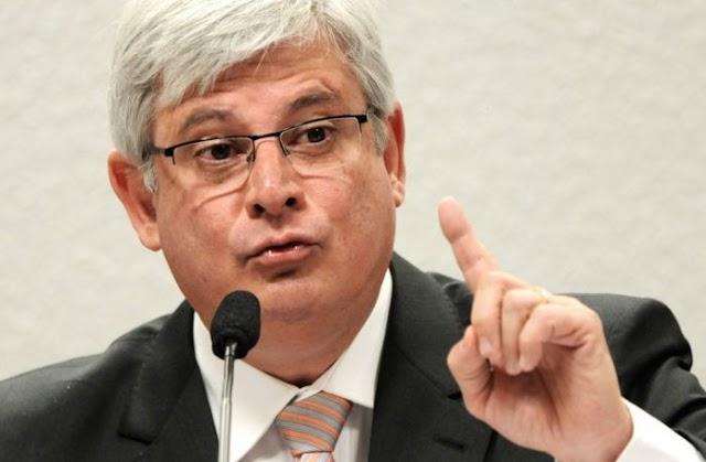 Rodrigo Janot pede urgência a Cármem Lúcia com relação ao processo da Lava Jato