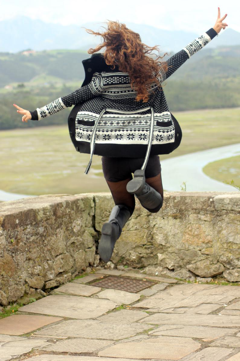 San-Vicente-de-la-Barquera---Comillas---HeelsandRoses-(2)