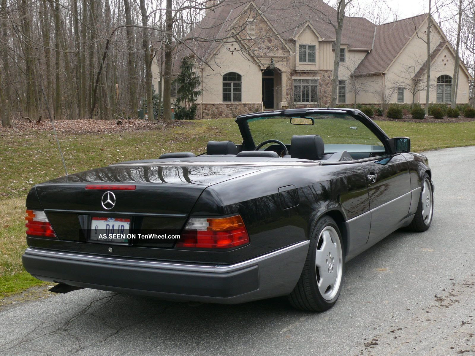 1993 Mercedes - Benz 300ce Base Convertible 2 - Door 3. 2l