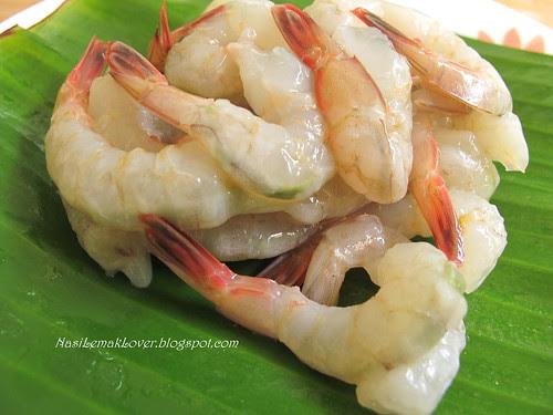 Penang Char Koey Teow (stir fried flat rice noodles)
