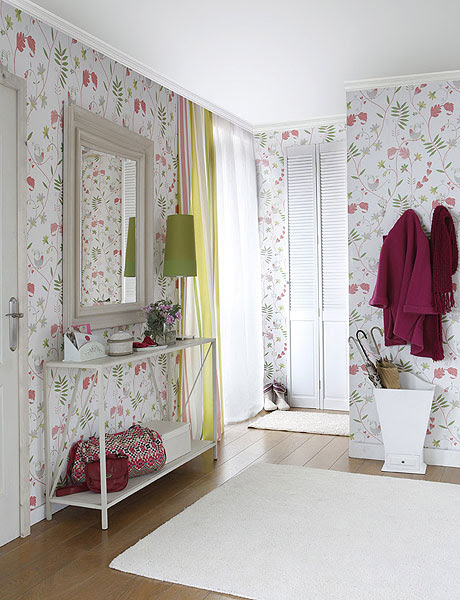 Decorating Hallway in French Romantic Style | Shelterness