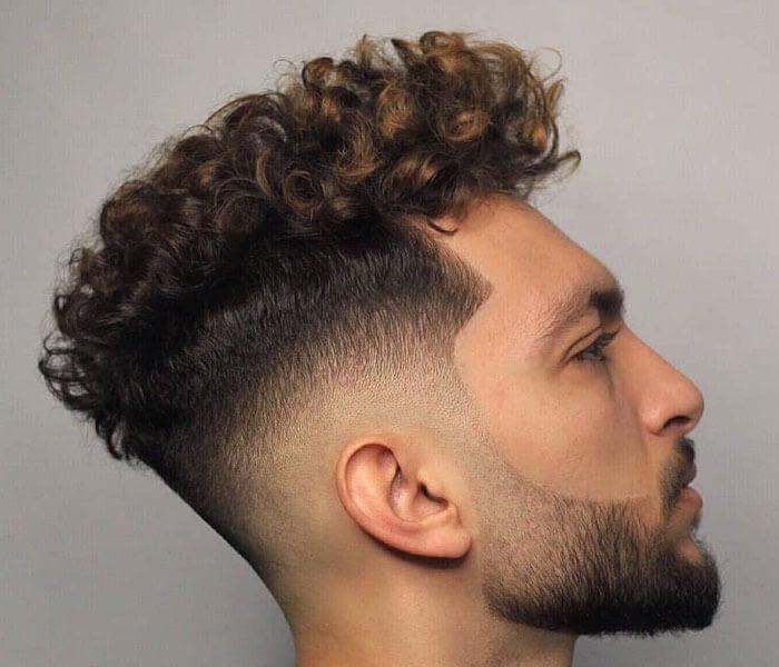 10 Model Rambut Ikal Pria Untuk Tampilan Keren Mas Kulin Com