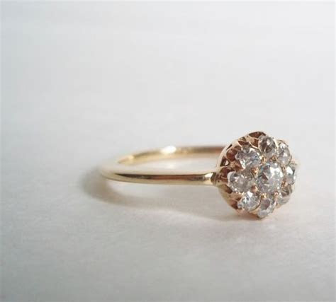 Vintage Diamond Cluster Ring 14K Gold.   jewelry