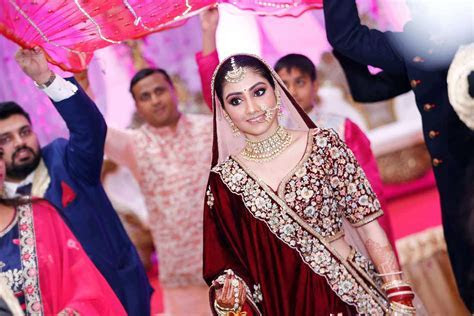 Candid Wedding Photographers in Kolkata, Best Wedding