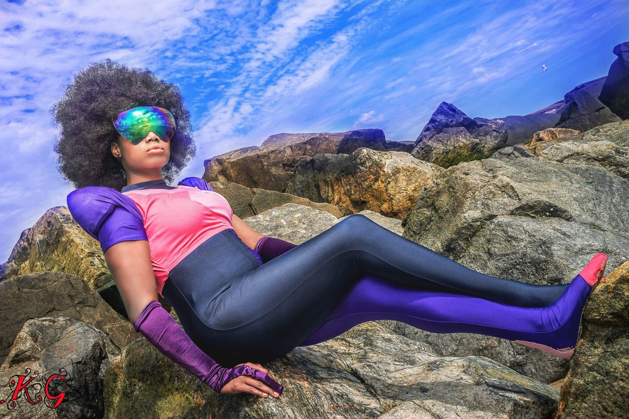 just a little preview from my Garnet photoshoot!!! i am so freaking happy with how they came out so far, can't wait to see the rest!!