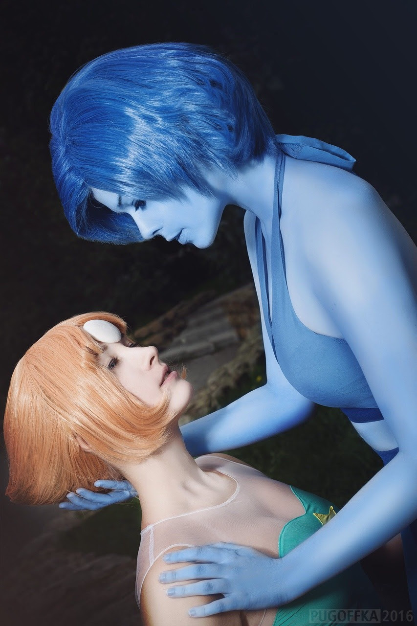 Our Steven Universe photoshoot is done! Somehow I don't feel like it's me on these photos, but I love it. Me as Lapis Lazuli Sabnaken as Pearl Photo by Pugoffka