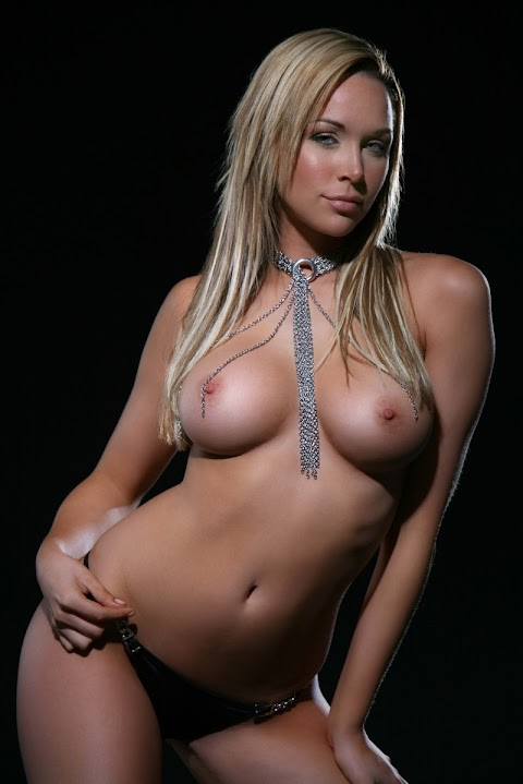 Emily Scott Nude - Hot 12 Pics | Beautiful, Sexiest