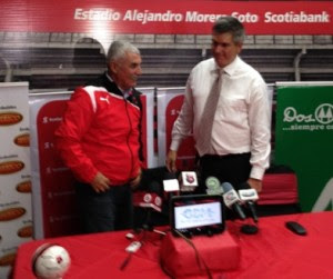 Manuel Keosseian ya es técnico de Alajuelense, Foto tomada:  LDA
