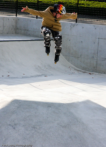 Me trying a 180 over fun box at new Fukushima skate park