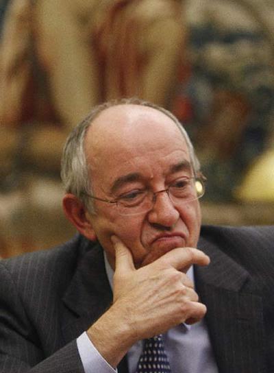 http://www.elpais.com/recorte/20081221elpepieco_2/LCO340/Ies/Miguel_Angel_Fernandez_Ordonez.jpg
