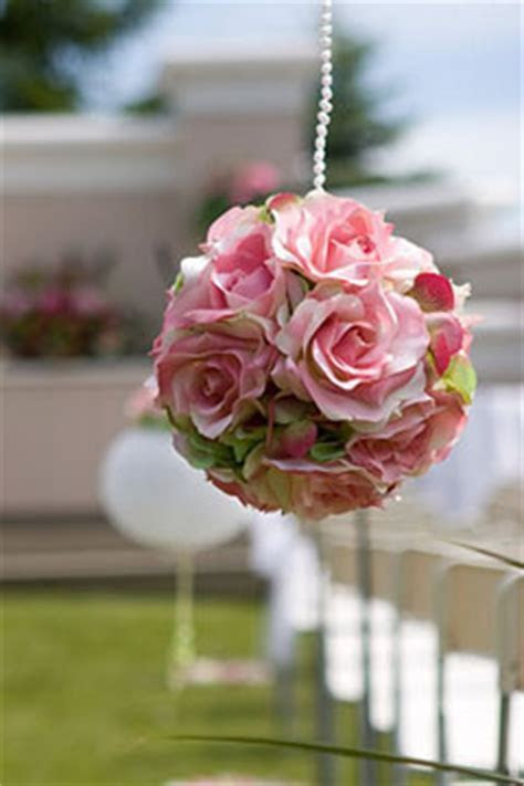 Stunning Floral Pomander Ball Bouquets