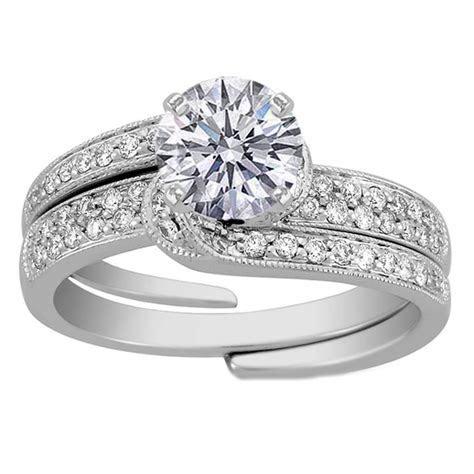 Stunning wedding rings: Interlocking engagement rings and