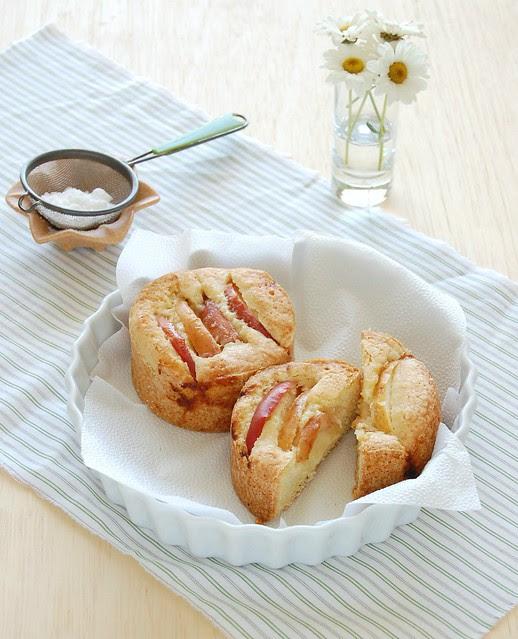 Apple and lemon cakes / Bolinhos de limão siciliano e maçã