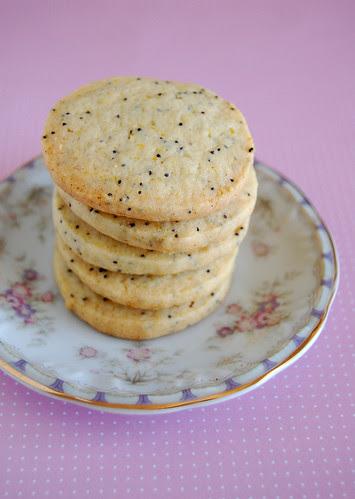 Orange poppy seed sugar cookies / Cookies de laranja e sementes de papoula