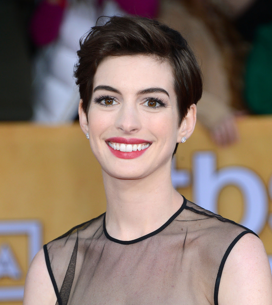 More Pics of Anne Hathaway Pixie (16 of 39) - Short ...