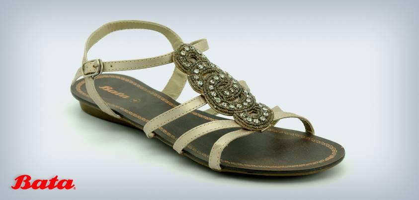 Pakistani Women Latest Beautiful Summer Sandals Design 2013