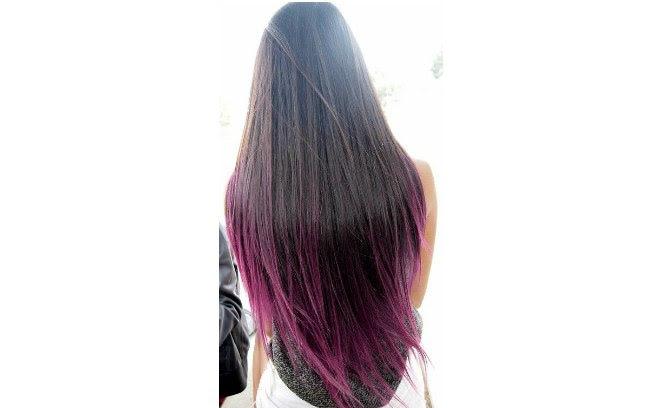 O efeito do violeta nos cabelos pretos é muito bonito
