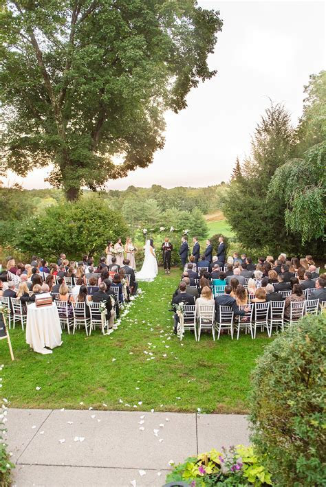 September Crabtree's Kittle House Wedding Photos ? Elise