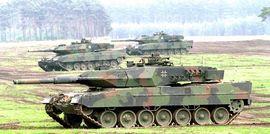 Il possente tank tedesco Leopard-2