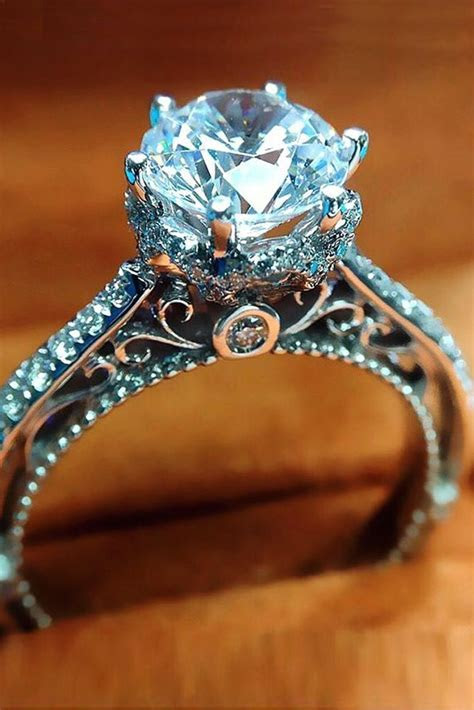 Best 25  Engagement rings for women ideas on Pinterest