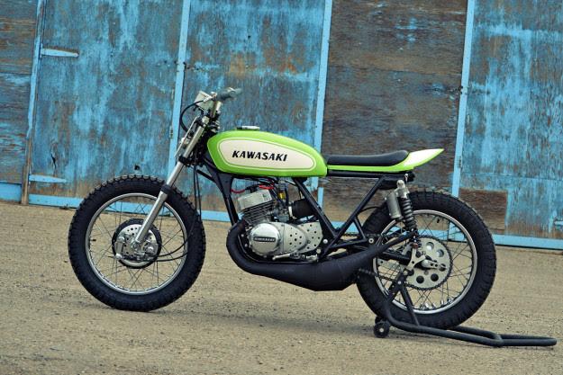 Kawasaki S1 độ Flat Tracker phong cách thể thao