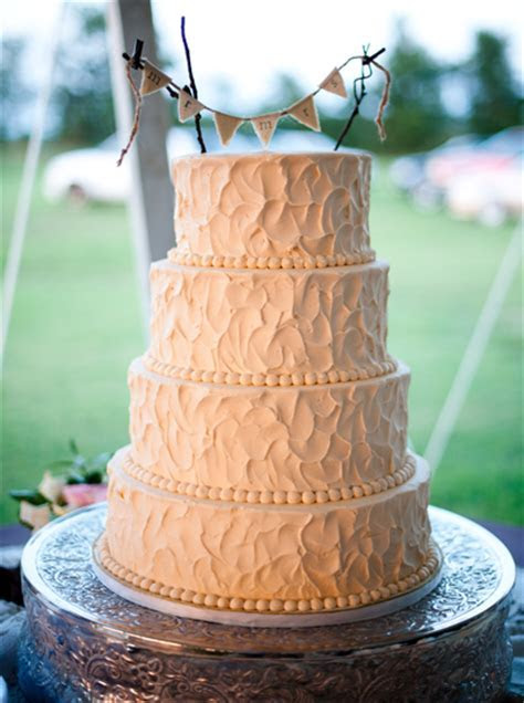 The Best Wedding Cakes of the Year