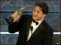 Sean Penn vann óskarinn fyrir leik sinn í Mystic River