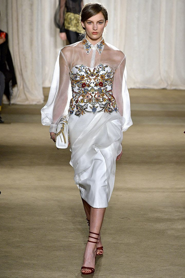 photo marchesa-rtw-fw2013-runway-06_211550333367_zps25a9c455.jpg