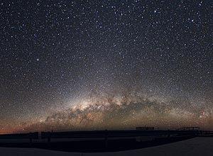 Espetacular vista da Via Láctea no Observatório Europeu do Sul, no Chile. Crédito: Yuri Beletsky/ESO.