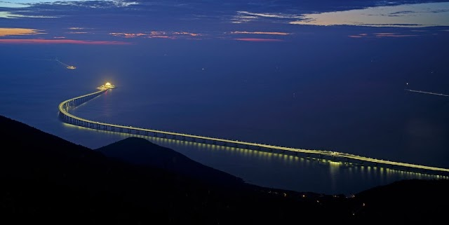 China inaugura el puente marítimo más largo del mundo