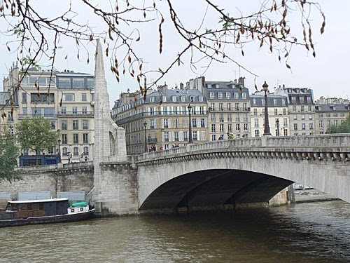 pont quai.jpg