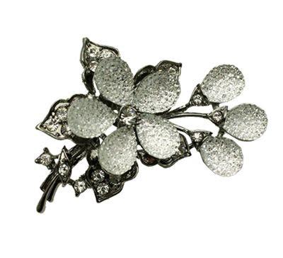 Glass-Flower-Brooch