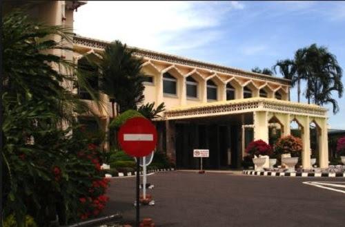 Musa Aman bukan lagi Ketua Menteri Sabah - Istana Negeri